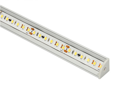 LED strip light installed with LED aluminum extrusion